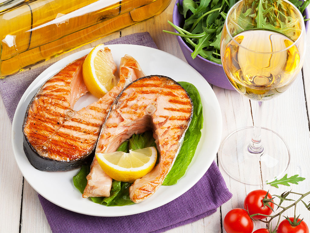 The ultimate guide to pair wine with fish kazzit us for What wine goes with fish
