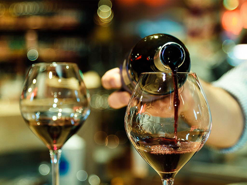 Everything you need to know before planning your next wine tasting winery to see their opening hours and whether or not a reservation is required to visit the tasting room if you dont do this you could find yourself solutioingenieria Images