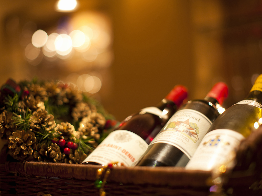 the tricky part is picking up a wine that feels special and worthy of the money spent here are some tips to help you select a good bottle of wine that will - Wine Christmas