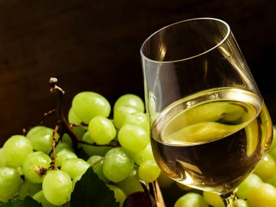 WHAT IS THE BEST SWEET WHITE WINE?
