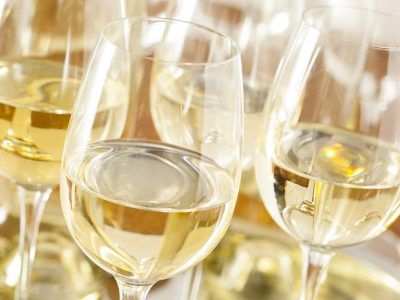 WHAT IS MOST POPULAR WHITE WINE?