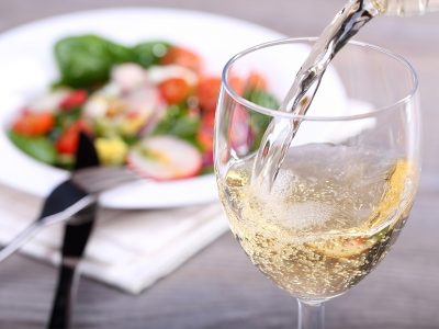 A LIST OF THE TYPES OF WHITE WINE