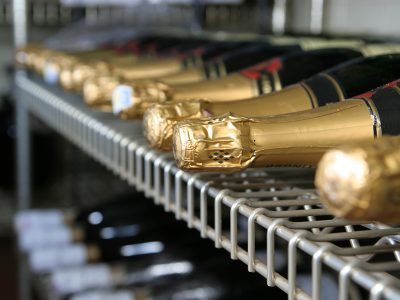 HOW TO STORE CHAMPAGNE PROPERLY
