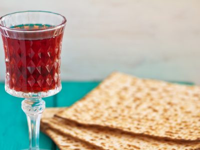 HOW TO KNOW IF YOUR WINE IS KOSHER