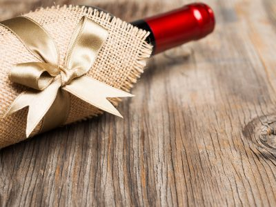 WHAT IS THE BEST WINE TO GIVE AS A GIFT?