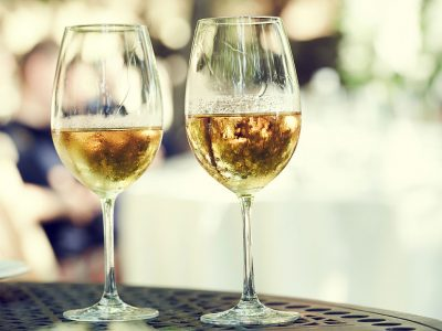 TOP 10 BEST CHARDONNAYS UNDER $10