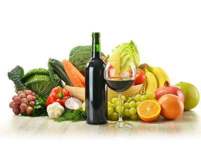 USING WINE TO CLEAN YOUR FRUITS AND VEGETABLES