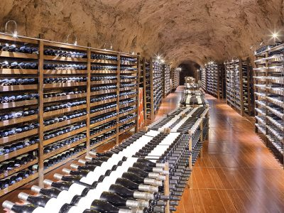 WINE CELLAR & WINERIES
