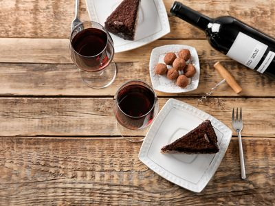 SWEET DESSERT WINES AND WINERIES