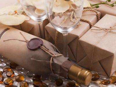 7 BEST GIFTS FOR WINE LOVERS IN 2019