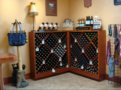 Bear Creek Winery & Lodging
